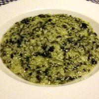 Zuppa di spinaci o ortiche (paparot)