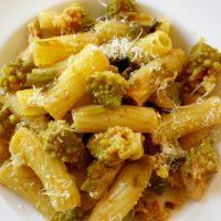 Rigatoni ai broccoli romaneschi