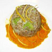 Sformatini di saraceno su salsa di carote piccante
