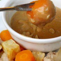Irish cheddar and stout fondue (fonduta alla birra scura)