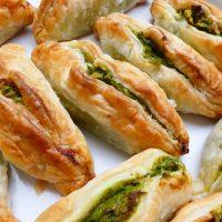 Ricette de La Biolca - Cucina Maltese. Pastizzi tal pizelli (sfogliatelle ripiene di piselli)