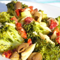 Insalata saporita di broccoli - Biolcalenda di gennaio 2018