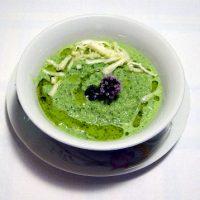 Consommè di lattuga e mandorle