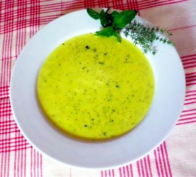 Zuppa di zucchine e latte