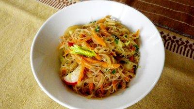 Antipasto vietnamita di noodles di riso