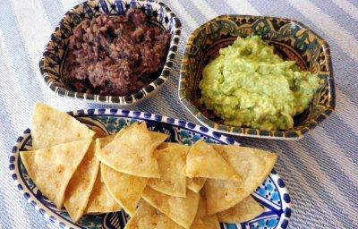 Guacamole e totopos