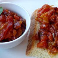 Salsa di pomodoro e peperone