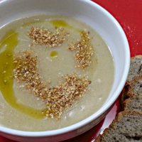 Zuppa di cipolle al gomasio