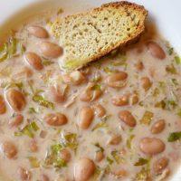 Ciorba de fasole (minestra di fagioli)
