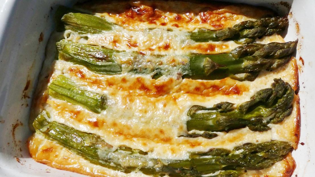 Asparagi - cucina regionale dell'Ungheria primi piatti e ricette Biolcalenda maggio 2017