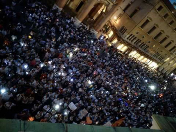 Proteste in Italia contro la legge sui vaccini