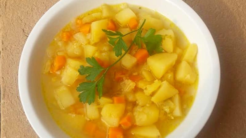 Minestra di patate, sedano e carote - Biolcalenda di Novembre 2018