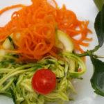 Spaghetti di verdure bicolore allo zenzero e limone - Biolcalenda Giugno2019