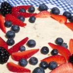 Torta cheesecake ai frutti rossi - Biolcalenda Giugno2019