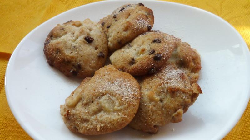 Biscotti con fichi secchi e cioccolato - Biolcalenda di Novembre2019