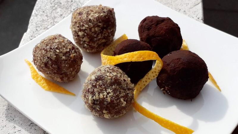 Praline di patate dolci al cacao e nocciole - Biolcalenda di Novembre2019