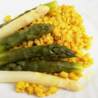Orzotto agli asparagi - Biolcalenda di aprile 2021
